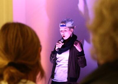Eins der 1000 Gesichter der Nora Voeckler